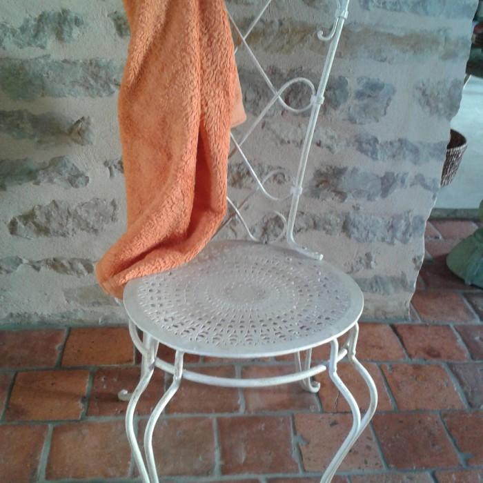 Chaise patinée