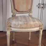 Chaise style Louis XVI - Avant